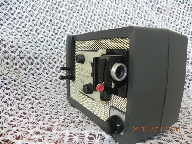 Browniye 8 Movie Projector